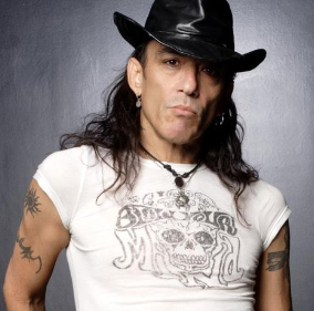 lead singer of Ratt